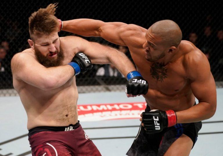 Naissance et origines du MMA